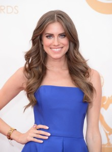 Allison Williams on the red carpet at the 2013 Emmy Awards. (Photo credit: Jason Merritt/Getty Images)